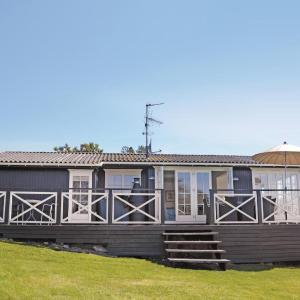 Hotel Pictures: Holiday Home Dronningmolle II, Ferle