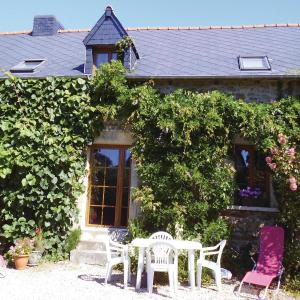 Hotel Pictures: Holiday Home Les Villes Briend II, Pluduno