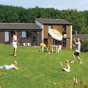 Hotellbilder: Holiday Home Virton 10, Virton