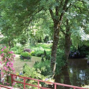 Hotel Pictures: Le Moulin du Bignon, Lassy