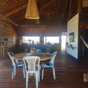 Hotel Pictures: Bangalô na Praia, Conde