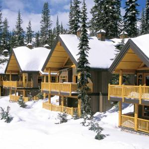 Hotel Pictures: Big White Ski Resort - Vacation Homes, Big White