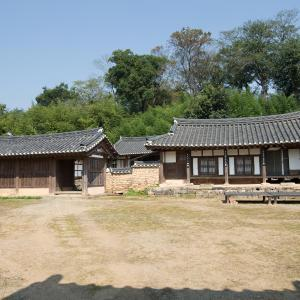 Fotografie hotelů: Yongwook Lee's Traditional House, Boseong