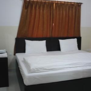 Hotel Pictures: Al Basateen Hotel Apartment, Sur