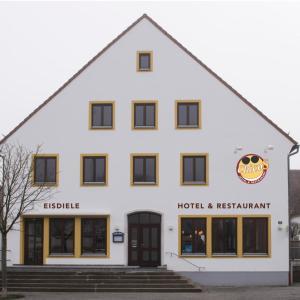 Hotelbilleder: Hotel ChicoS, Siegenburg