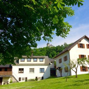 Hotelbilleder: Ferienwohnungen am Burgberg, Lichtenberg