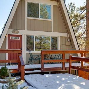 Fotos de l'hotel: Alta Vista House 1180 Home, Big Bear Lake