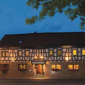 Hotelbilleder: Hotel Zum Adler, Nidderau