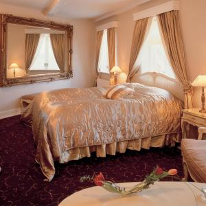 Hotel Pictures: Tyrstrup Kro, Christiansfeld