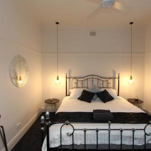 Hotel Pictures: Ballarat - Cardigan Cottage, Ballarat