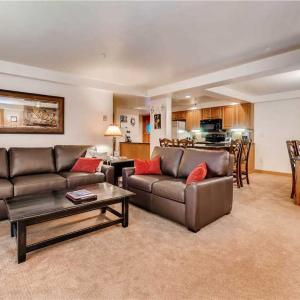 Фотографии отеля: Appealing Steamboat Springs 2 Bedroom Condo/Villa - Torian Plaza 705, Стимбот-Спрингс