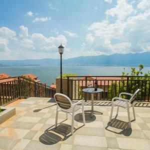 Hotellikuvia: Na Shi Hua Kai Seaview Holiday Villa, Dali