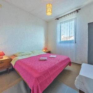 Hotellikuvia: Two-Bedroom Apartment in Fazana, Fažana