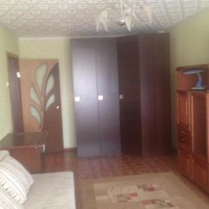 Hotel Pictures: 1 комнатная квартира, Saransk