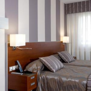 Hotel Pictures: Hotel Marivella, Calatayud