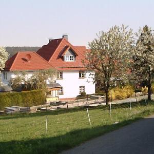 Hotel Pictures: Willekes Blütenhof, Madfeld
