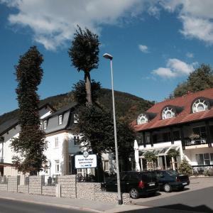 Hotelbilleder: Hotel-Gasthof Hüttensteinach, Sonneberg