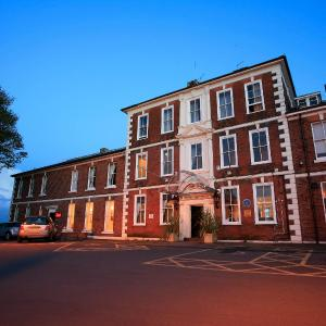 Hotel Pictures: Ramada Park Hall Hotel and Spa Wolverhampton, Wolverhampton