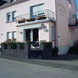 Hotelbilleder: Gästehaus Alexanderhof, Leiwen