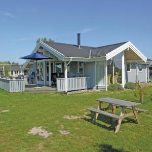 酒店图片: Holiday home Elsdyrstien VI, Bøtø By