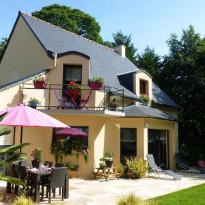 Hotel Pictures: Jardin du Levant, Combourg