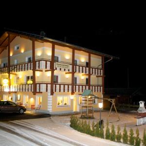 Hotelbilleder: Landgasthof Schwaiger, Mörtschach