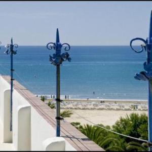 Hotel Pictures: Cèsar, Vilanova i la Geltrú