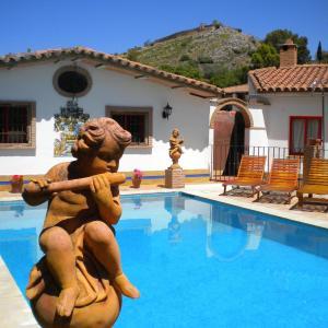 Hotel Pictures: La Estancia Villa Rosillo, Aracena