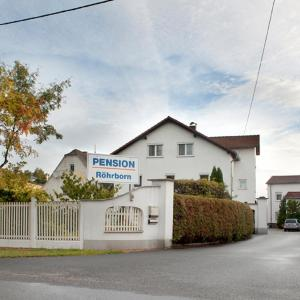 Hotel Pictures: Pension Röhrborn, Hohenheida