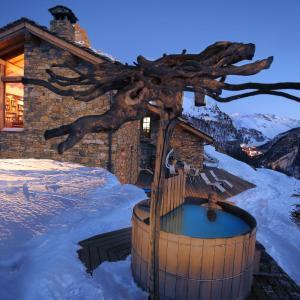 Hotel Pictures: Chalet Colinn, Val d'Isère