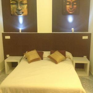 Hotel Pictures: Hostal Neptuno, Cáceres