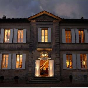 Hotel Pictures: Chateau Franc Pourret, Saint-Émilion