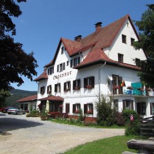 Fotos do Hotel: Lindenhof, Velden am Wörthersee