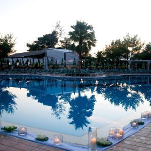 Фотографии отеля: Tropikal Resort, Дуррес