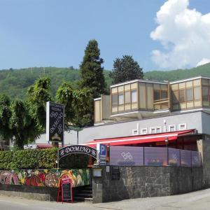 Hotel Pictures: Ristorante Domino, Agno