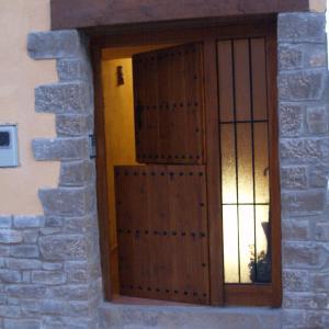 Hotel Pictures: Alojamientos rurales Angelita, Olocau del Rey