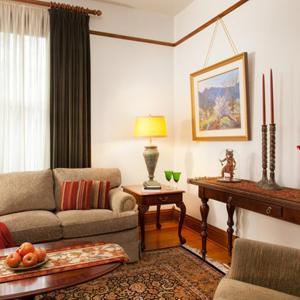Hotel Pictures: Four Kachinas B&B Inn, Santa Fe