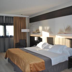 Hotel Pictures: Brea's Hotel, Reus