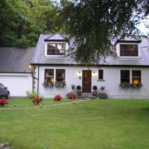 Hotel Pictures: Burnbrae B&B, Arrochar