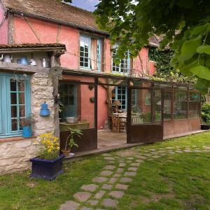 Hotel Pictures: Les Rouges Gorges, Giverny