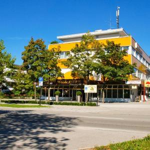 Hotel Pictures: Hotel Pazific, Ottobrunn