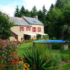 Hotel Pictures: Chambres d'hôtes Le Bas Rassinoux, Saint-Ouen-des-Alleux