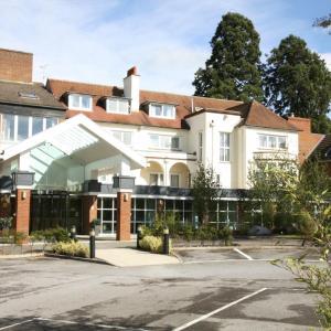Hotel Pictures: Regency Park Hotel, Newbury