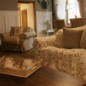 Hotel Pictures: Maison La Cachette, Riquewihr