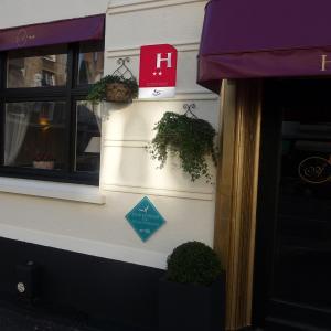 Hotel Pictures: Hôtel Alexandra, Boulogne-sur-Mer