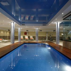 Hotel Pictures: Apartamentos Marina Turquesa, Nerja