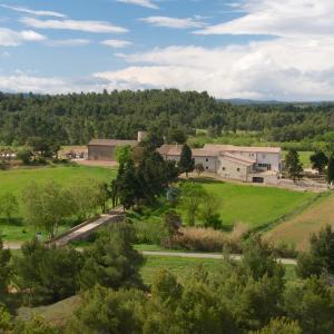 Hotel Pictures: Les Gites du Chateau St Jacques d'Albas, Laure-Minervois