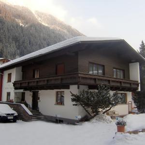 Foto Hotel: Apart Landhaus Zangerl, See