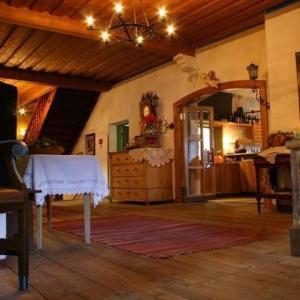 Fotos do Hotel: Ansitz Burg Heimfels, Heinfels