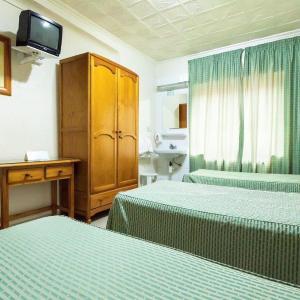 Hotel Pictures: Pensión Manolo II, Cartagena